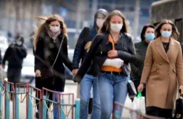 Поява зморшок, менопауза і зайва вага: гінеколог заспокоїла українок і дала цінні настанови