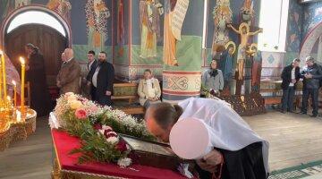 Віряни УПЦ пройдуть десятки кілометрів на Закарпатті до мощей преподобного Іова Угольського