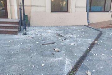 """НП в центрі Одеси, кадри: """"ледь не постраждали діти на екскурсії"""""""