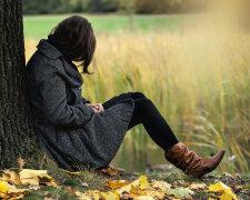 осень девушка печаль