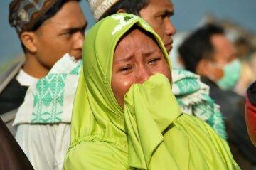Цунамі в Індонезії: райський куточок перетворився на руїни, сотні жертв — фоторепортаж