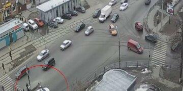 В Харькове полицейская снесла пенсионера на пешеходном переходе: детали фатального ДТП