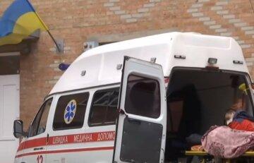 """Безсовісні злодії обнесли """"швидку"""" в Дніпрі, рятувати життя людей нічим: деталі кричущого випадку"""