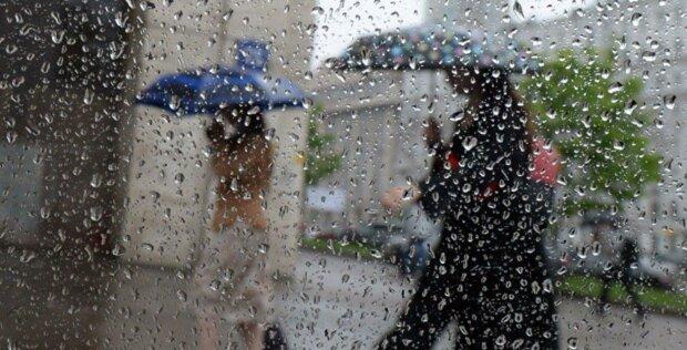 Погода різко зміниться, Україну накриють дощі: синоптики приголомшили прогнозом