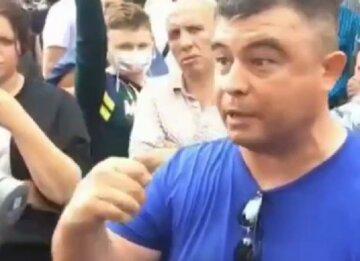 """Росіянин Путіна викликав на бій, відео: """"Знищу його цими руками"""""""