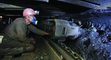 На Донбассе больше 50 шахтеров попали в огненную западню