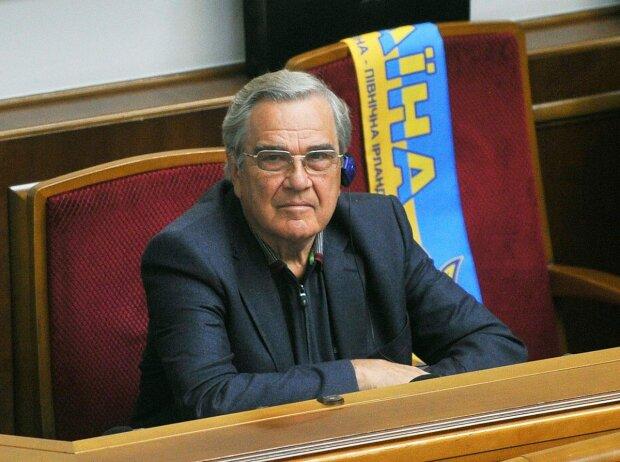 Петр Ванат
