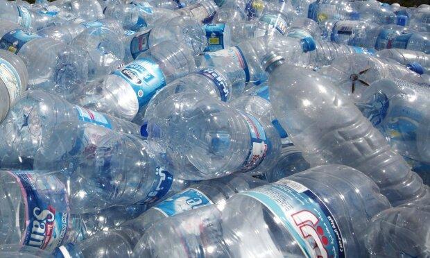 Канада прекращает производство бутилированной воды