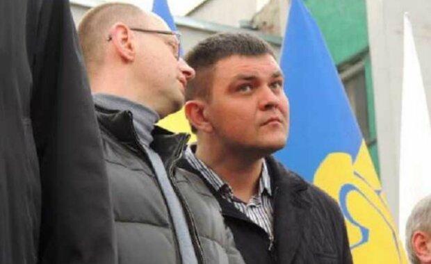 Політичний хамелеон Вознюк: Прикриваючись вишиванками, заробляє мільйони в Росії — ЗМІ