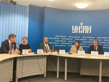 """У прес-центрі """"УНІАН"""" відбулось обговорення ролі державних підприємств в економіці України:   Механізми досягнення ефективності державних підприємств"""