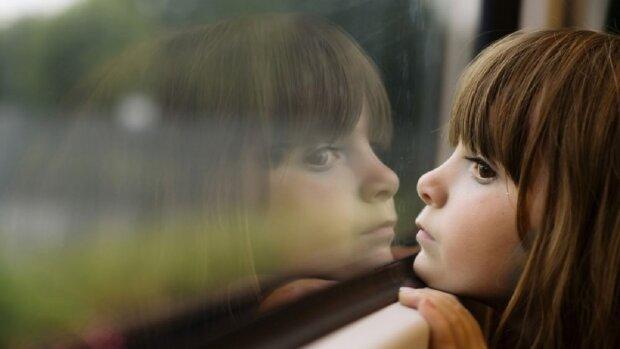 Названо найбільш нещасливі імена для дівчаток: доля приречена на страждання