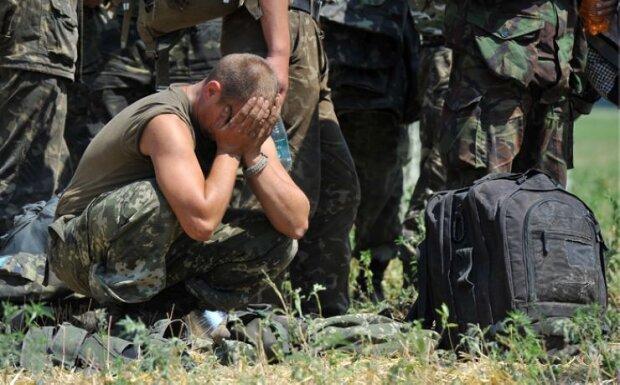 военные, грусть,
