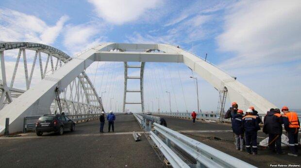 За безопасность Крымского моста никто не отвечает: стало известно о неожиданном решении