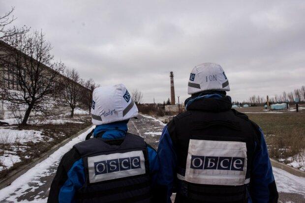 Терористи на Донбасі кинули міну в спостерігачів ОБСЄ: перші подробиці