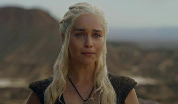 емілія кларк, мати драконів плаче, гра престолів