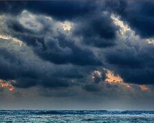 облака море шторм океан