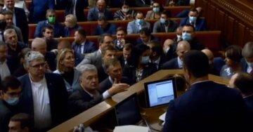 """Нашумевший закон об олигархах: кто в Раде """"продинамил"""" голосование и что изменится для украинских богачей"""
