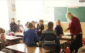 """""""Хворіють діти і педагоги"""": вірус з новою силою захопив Одесу, влада заявляє про дистанційку"""