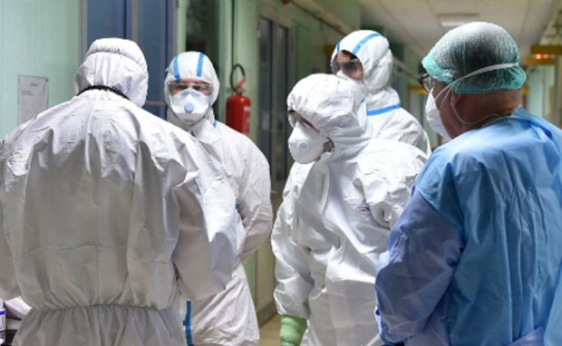 """Медики сообщили, что происходит в одесской инфекционке: """"число зараженных перевалило за..."""""""