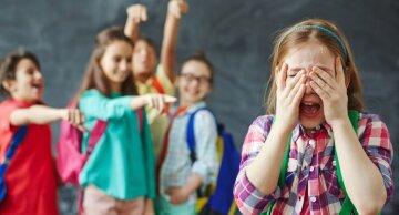 В украинских школах массово издеваются над детьми, статистика ужасает