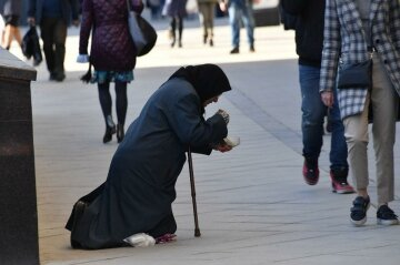 Бедность, падение зарплат и безработица: украинцам рассказали, как кризис добьет страну, прогноз