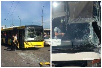 У Києві зіткнулися автобуси, випали двері і вікна розбиті вщент: кадри та що відомо про пасажирів