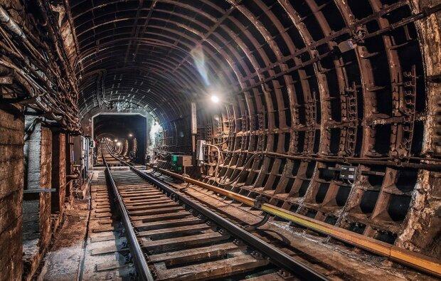 Москвич заблудился в метро