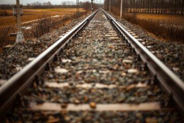 рельсы, поезд