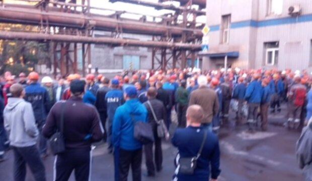 Промышленность Донбасса оказалась на грани исчезновения: остановилась последняя доменная печь