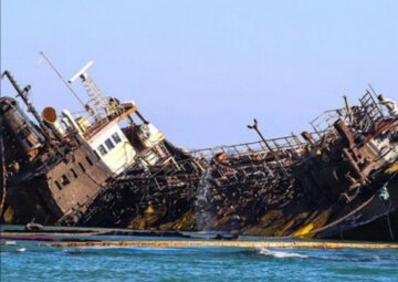 Підняття танкера Delfi: Андрій Мальований розповів про новий розлив нафтопродуктів