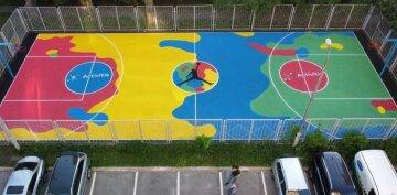 """У Києві з'явився сучасний баскетбольний майданчик Activitis: """"Спорт має бути доступний кожному"""""""