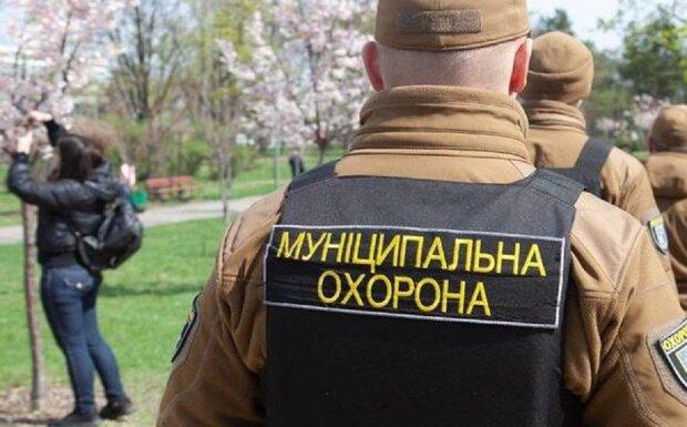 """Київрада витратила гроші киян на непотрібну охорону: """"більше 100 мільйонів за..."""""""