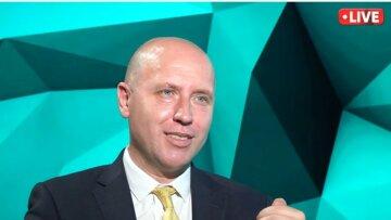 Бизяев заявил, что власти постараются держать баланс и не допускать земельных монополий