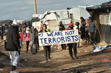 Олланд сровняет с землей «Джунгли» мигрантов в Кале