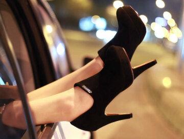 ноги каблуки обувь женщина мажорка гламур авто