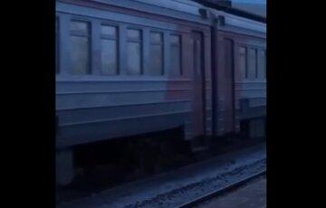 Трагедия на железной дороге в Одессе, тело молодого парня нашли под поездом: кадры с места