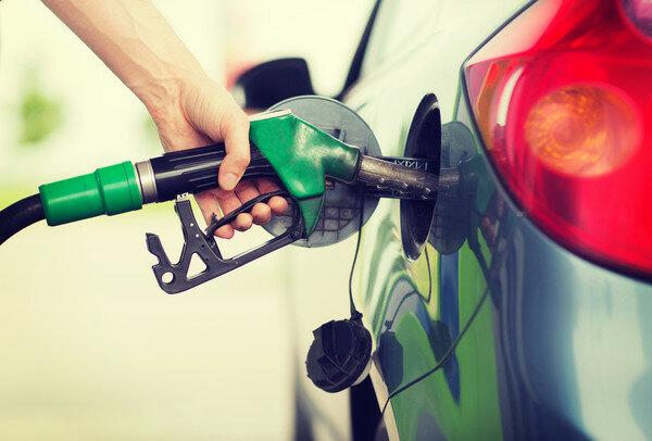 Подорожчання бензину в Україні: розкрито правду про захмарні ціни
