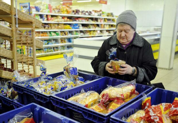 рост цен, бабушка в магазине, хлеб