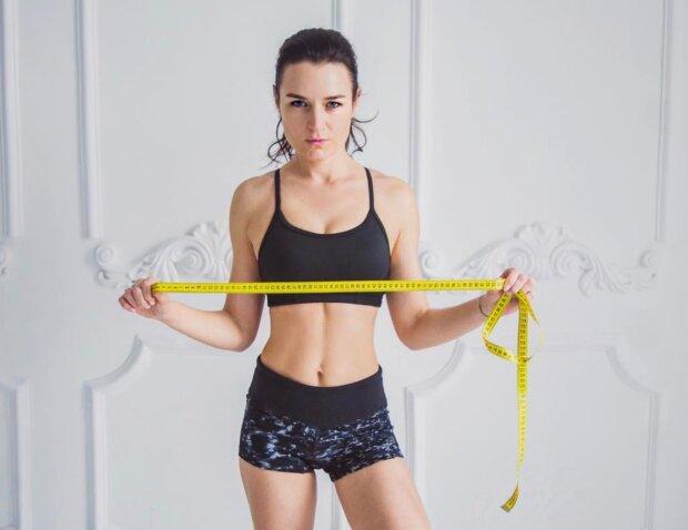 Звездный фитнес-тренер раскрыла главные секреты идеальной осанки: это сможет каждый человек