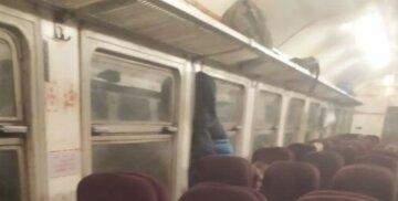 """""""Всем плевать на маски"""": харьковские проводницы прославились после фото в сети, пассажиры негодуют"""