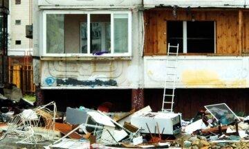"""""""Тупо викинули все у вікно"""": постраждалим від вибуху на Позняках вже """"не світять"""" їхні меблі і техніка, фото"""