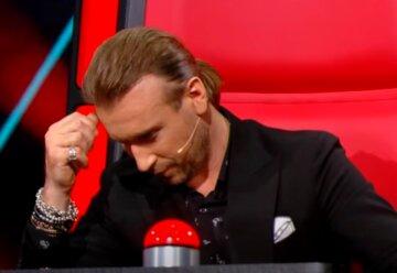 """Драма зі сльозами розігралася між Винником і його """"колишньою дівчиною"""" на Голосі країни: """"Тримався як міг"""""""