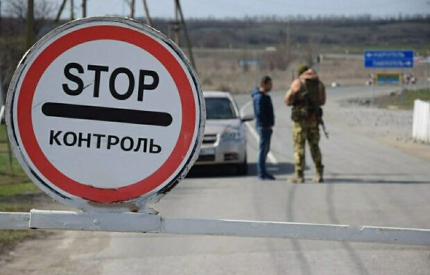 """Бойовики """"посунули"""" Росію ближче до України, фото: """"тепер, коли відкриються кордони..."""