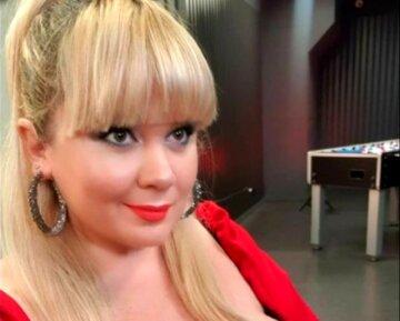 """Украинка с 15-м размером """"упаковала"""" бюст в необычный бикини, фото уже в Сети:""""Ай, сейчас не выдержит..."""""""