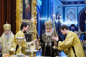 Митрополит Онуфрий поздравил Патриарха Кирилла с 12-летием интронизации