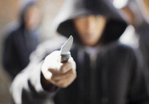 подростки, преступление, нападение, жестокость