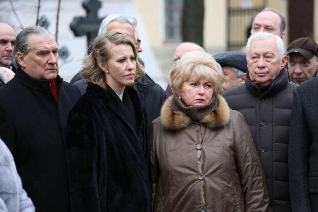 Біда з матір'ю Собчак, терміново доставили в лікарню: що відомо