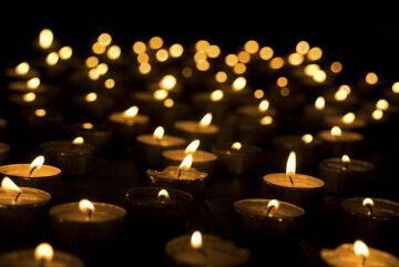 свечи, скорбь