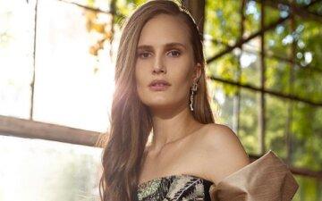 """Костромичева из """"Супер топ-модель по-украински"""" устроила влажные игры в бикини: """"Невероятное чувство"""""""