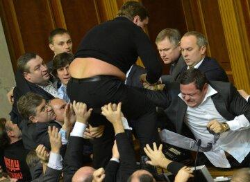 Николай Томенко: Как депутаты свою неприкосновенность защитили!